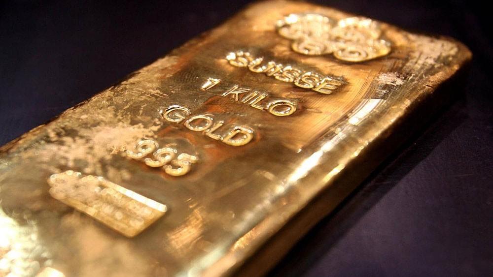 """الذهب يتماسك فوق """"المستوى المهم"""""""