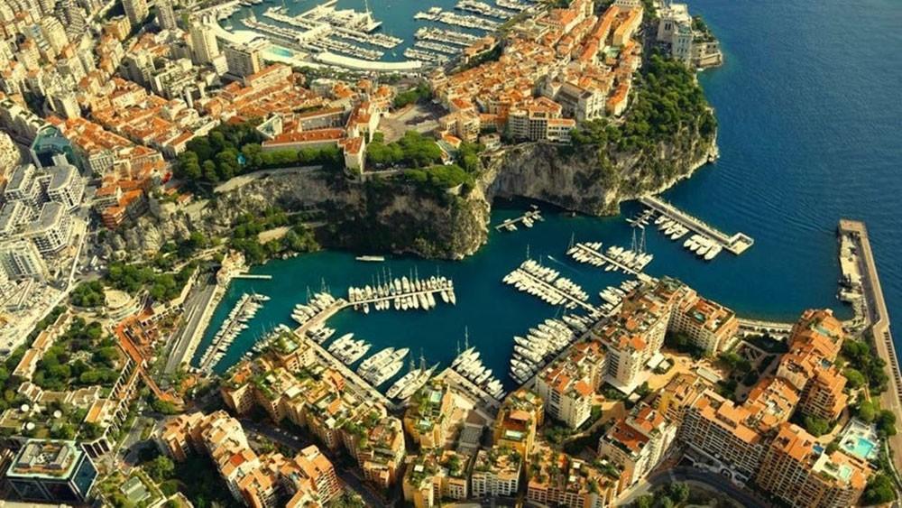 موناكو تبحث عمن يبيعها مليوناً و200 ألف طن من الرمال