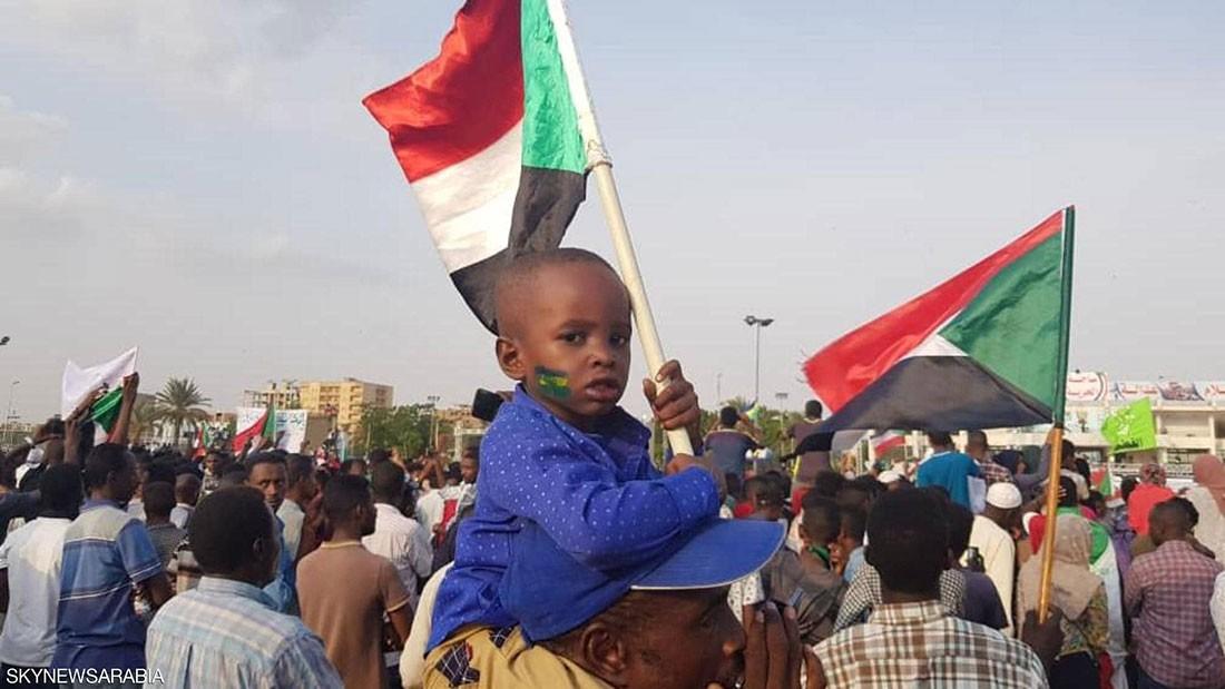 الأفراح تعم السودان.. والخرطوم ترقص فرحا بالاتفاق التاريخي