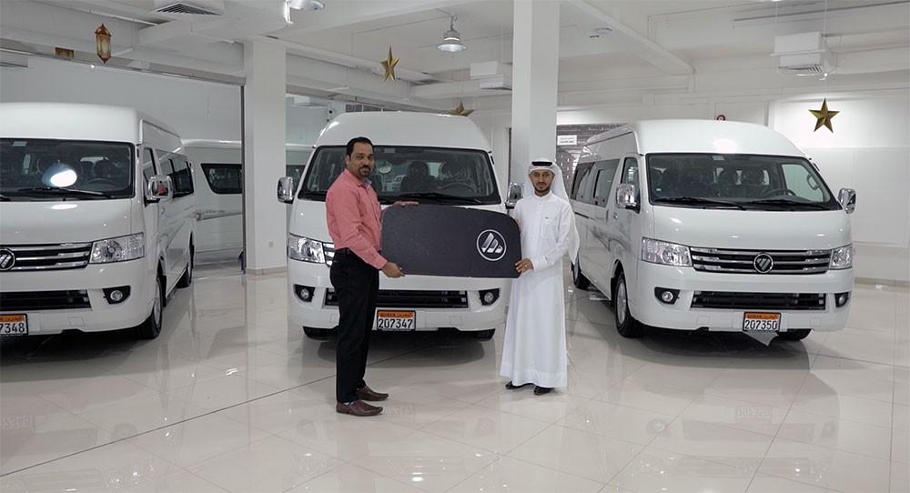 Foton Motor تسلم أسطولاً من سياراتها لشركة  عبدالله الدرازي