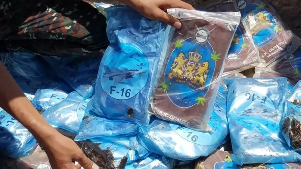 ضبط 100 كلغ من المخدرات كانت في طريقها للحوثيين