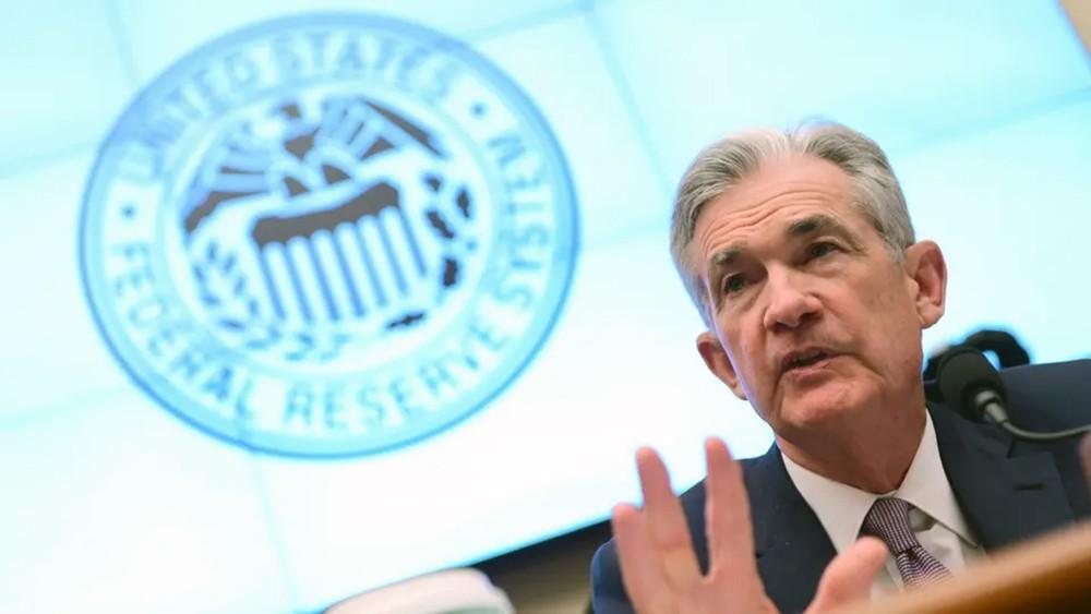 """لِمَ يتكتم """"الفيدرالي"""" عن رغبته في خفض الفائدة؟"""