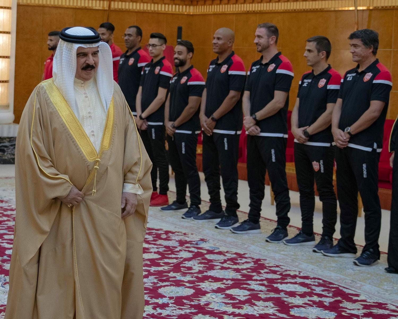 جلالة الملك للمنتخب الوطني: أكملتم العقد الذهبي كما وعدتم
