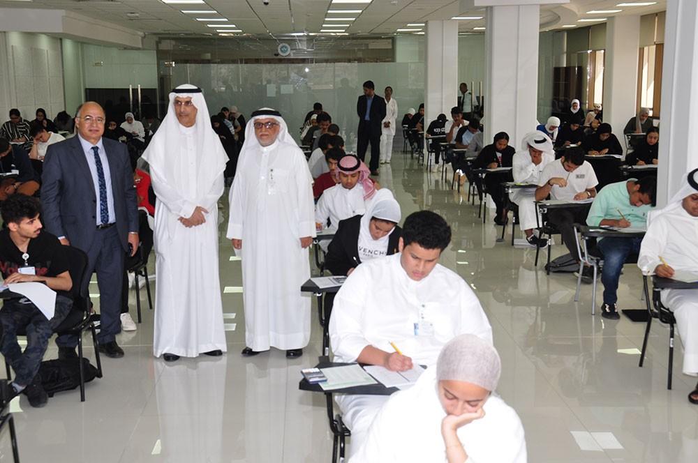 204 طالباً وطالبة يتنافسون على مقاعد كلية الطب
