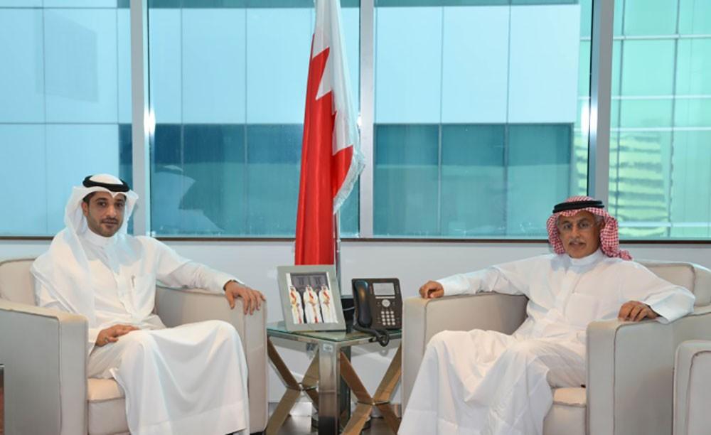 وزير الصناعة يبحث مع آل رحمة أوجه التعاون بين السلطتين