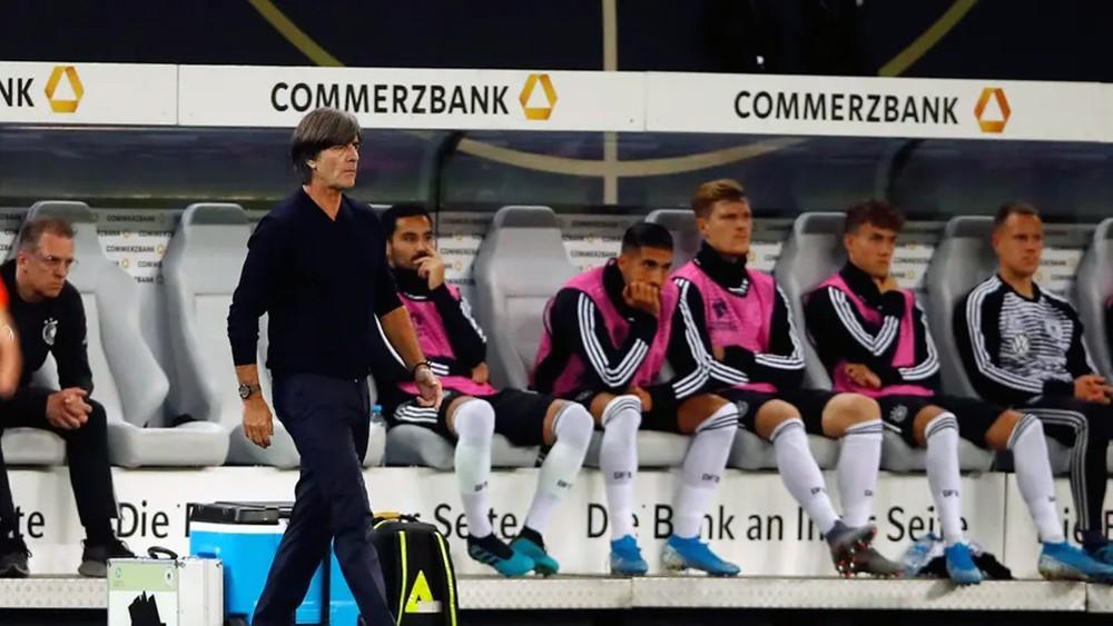 لوف يخطط لتعويض هزيمة ألمانيا أمام هولندا في بلفاست