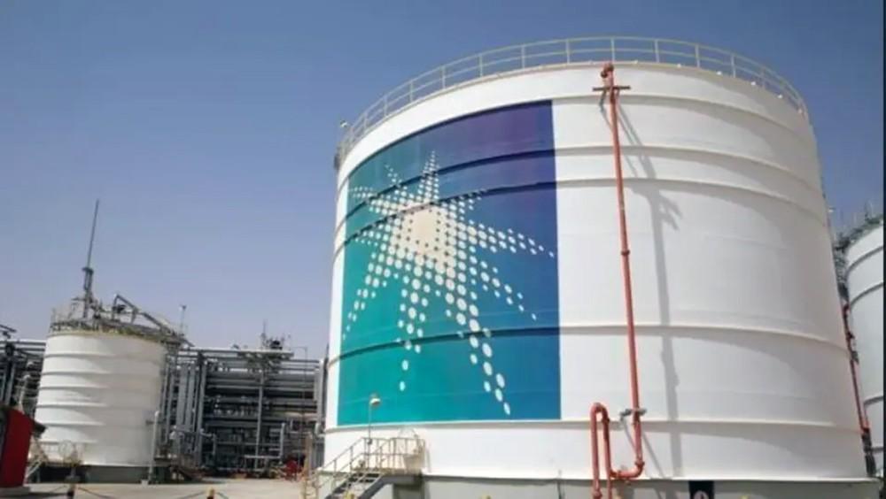 خبراء نفط: طرح أرامكو سيمتص السيولة من شركات طاقة منافسة