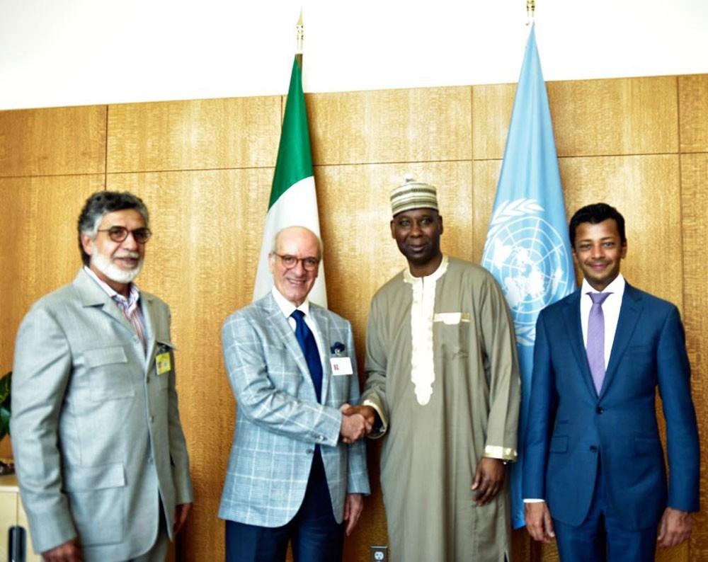 الوزير المطوع يجتمع مع رئيس الدورة الرابعة والسبعين للجمعية العامة للأمم المتحدة