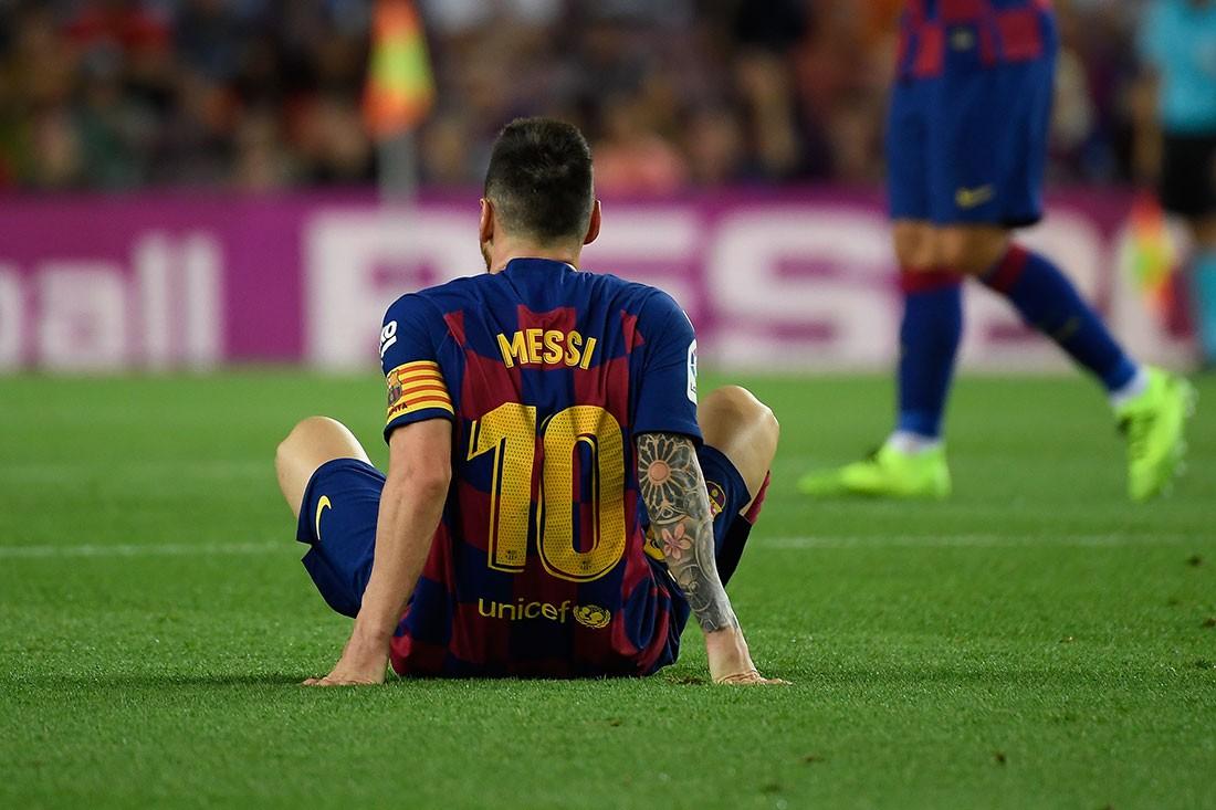 برشلونة يهزم فياريال وميسي يغادر الملعب مصابا