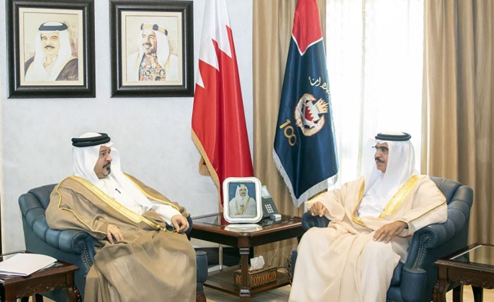 وزير الداخلية يستقبل رئيس ديوان الرقابة المالية والإدارية