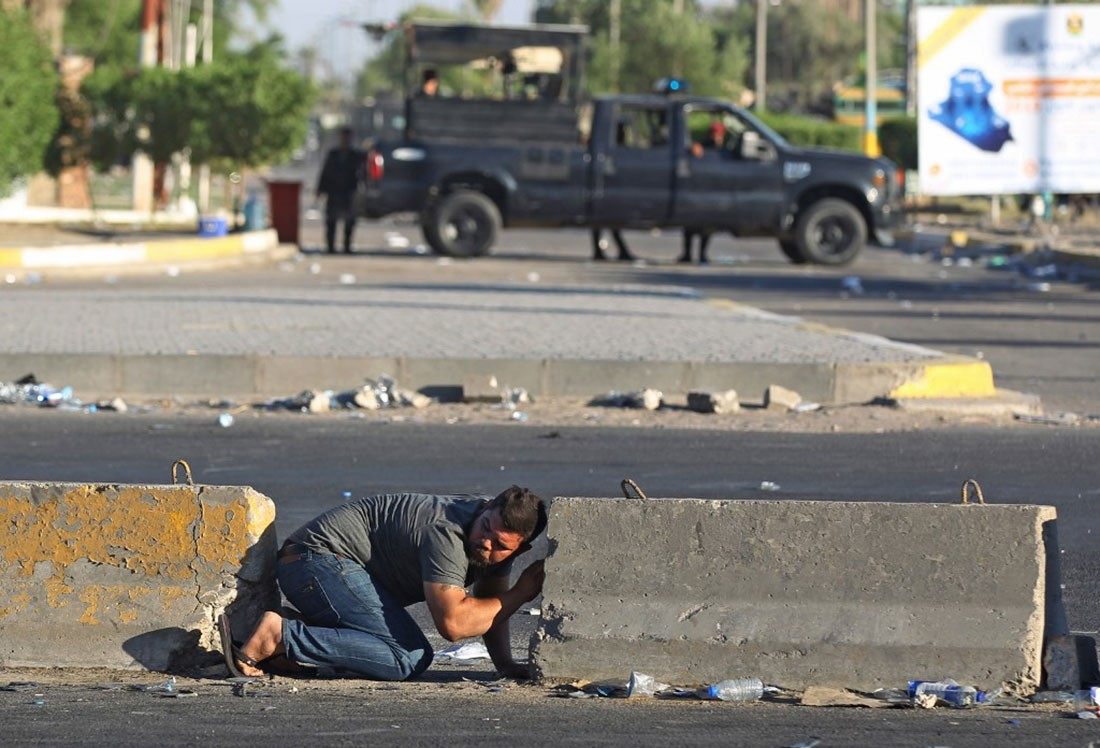 العراق.. ارتفاع عدد قتلى الاحتجاجات والحكومة ترفع حظر التجول