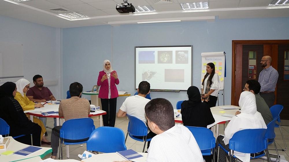 التعليم العالي ينفذ برنامجاً تدريبياً في البحث العلمي لطلبة الجامعات