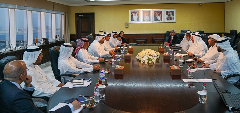 وزير المالية يجتمع مع الجهات ذات العلاقة لبحث آليات بدء إطلاق صندوق السيولة