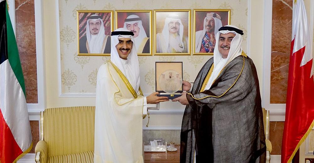 وزير الخارجية يتسلم أوراق اعتماد سفير دولة الكويت