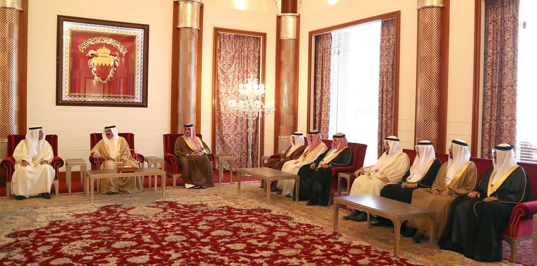 جلالة الملك يعرب عن اعتزازه بالتاريخ العريق الذي تتميز به البحرين في مجال القضاء