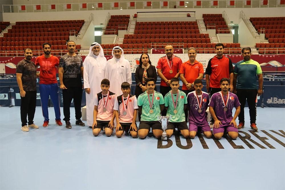 مدرسة أحمد العمران تحتفظب لقب كرة الطاولة للبنين للثانوي