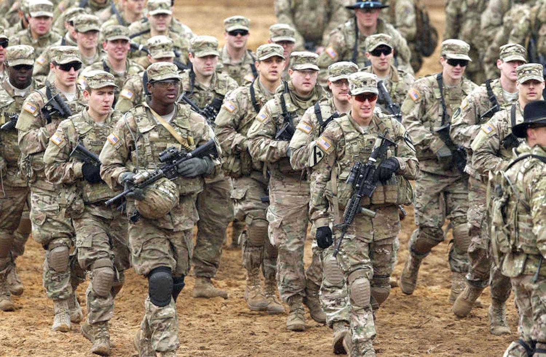البنتاغون يعلن نشر عدد كبير من القوات في السعودية