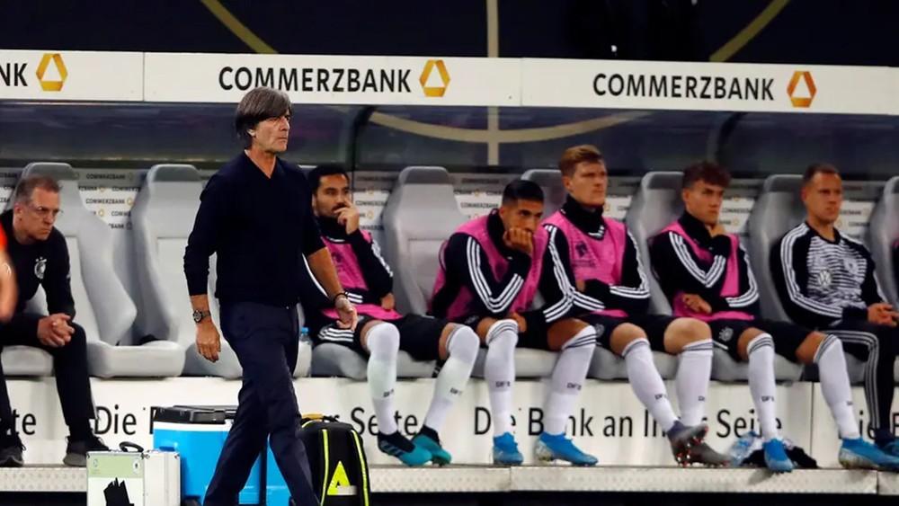 منتخب ألمانيا يفقد 12 لاعباً أمام إستونيا