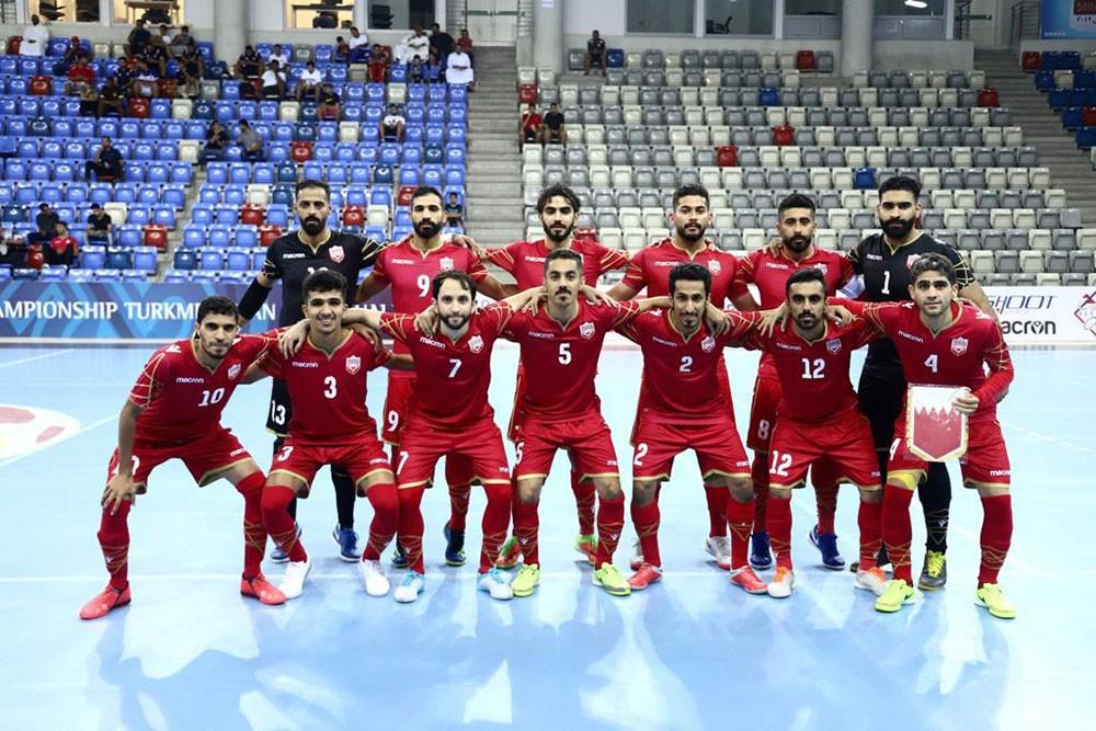 احمر الصالات يلاقي المنتخب الفلسطيني