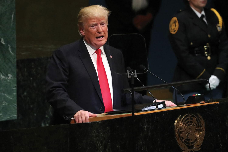 ترمب: ستبقى قوة أميركية صغيرة بمواقع النفط السورية