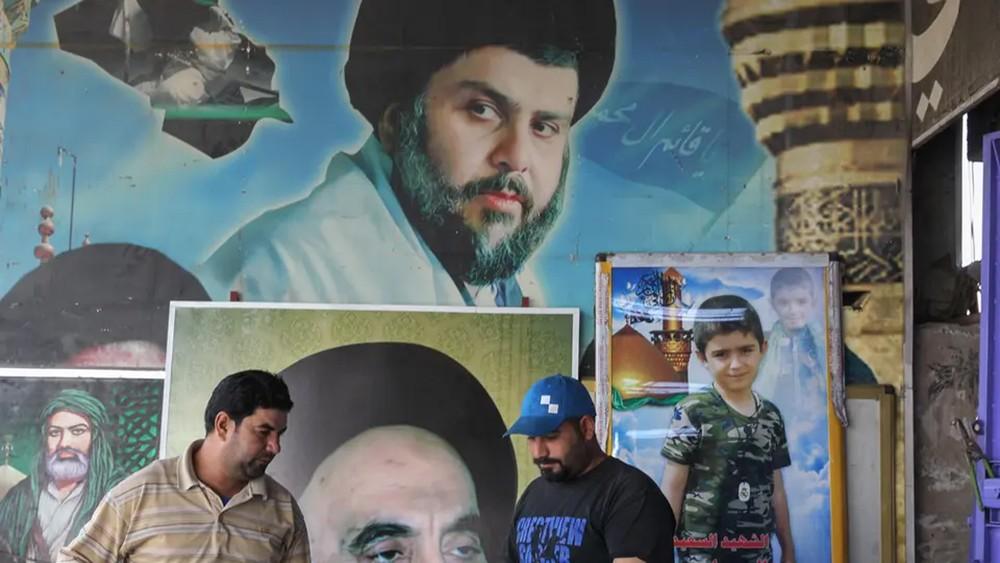 """الصدر يتخلى عن عبد المهدي.. """"سائرون"""" إلى المعارضة"""