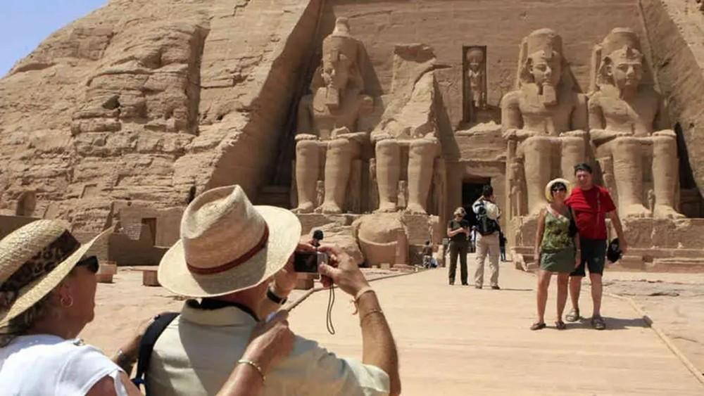 هل تتخلص السياحة المصرية من جميع أزماتها في 2020؟