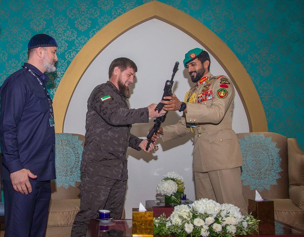 ناصر بن حمد: العلاقات الشيشانية البحرينية تشهد تطوراً واضحاً