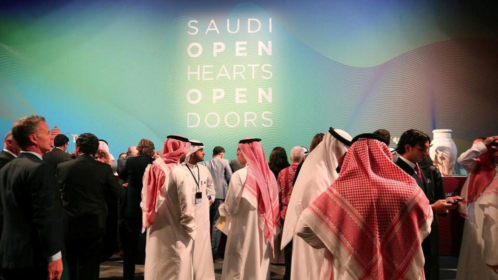 السعودية تستقبل 28 ألف سائح في شهر