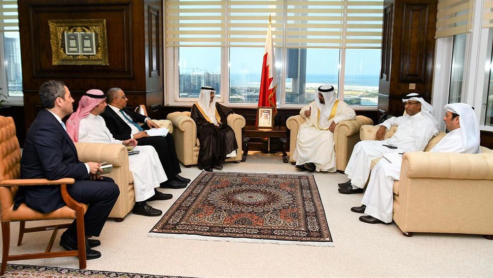 وزير المالية يستقبل رئيس مجموعة البنك الإسلامي للتنمية