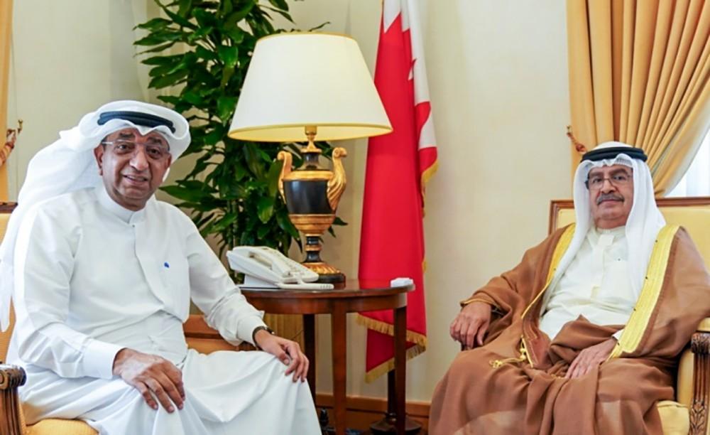 سمو الشيخ علي بن خليفة يستقبل رئيس غرفة تجارة وصناعة البحرين