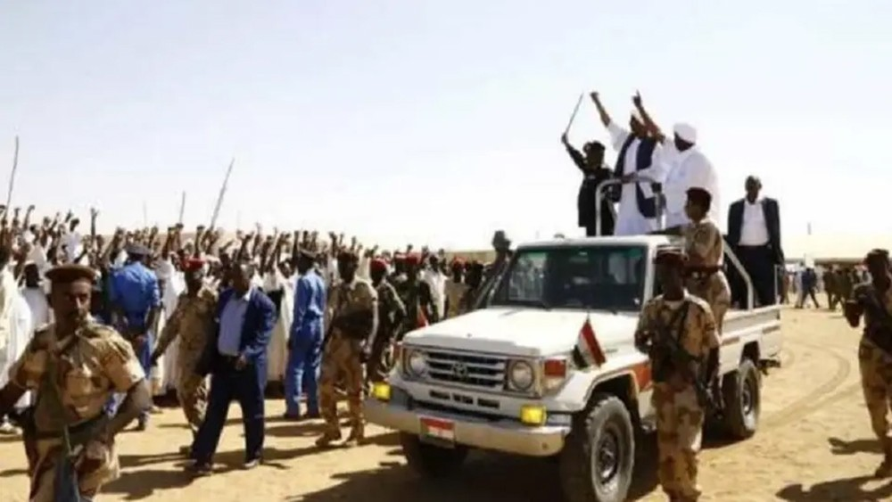 البرهان يدعو لمواجهة الساعين لإجهاض ثورة السودان