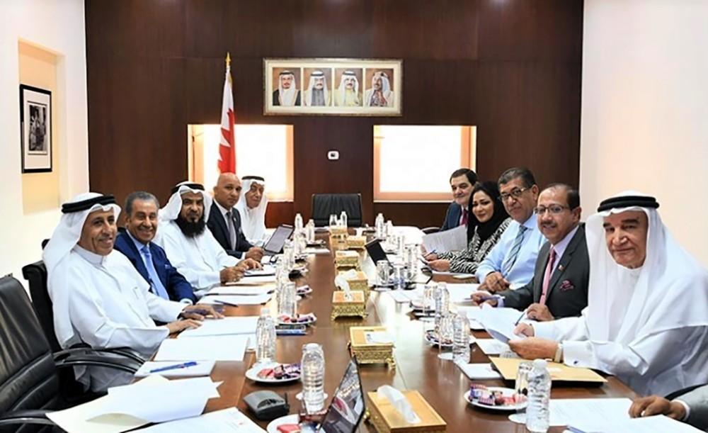 لجنة الرد على الخطاب السامي بـ(الشورى) ترفع تقريرها لمكتب المجلس
