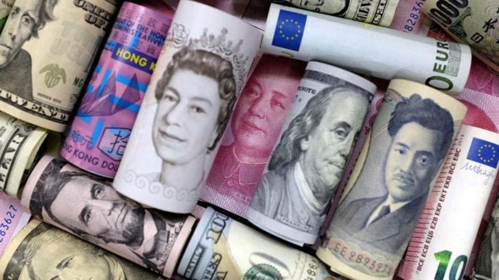 صعود الين والفرنك السويسري بفعل شكوك حيال اتفاق التجارة