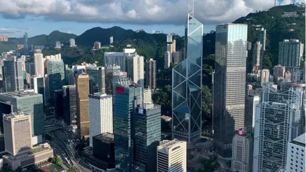 توقعات تسجيل هونغ كونغ لأول عجز في الميزانية منذ 2004