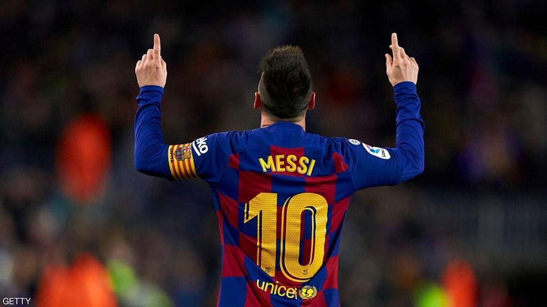 """بعد تلميح ميسي.. رئيس برشلونة يريده """"حتى الاعتزال"""""""