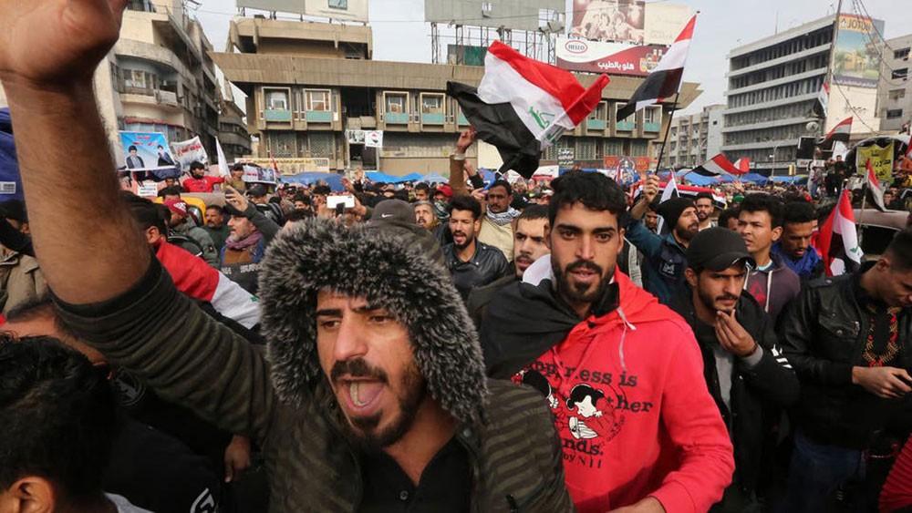 السيستاني: يجب حصر السلاح في يد الدولة العراقية