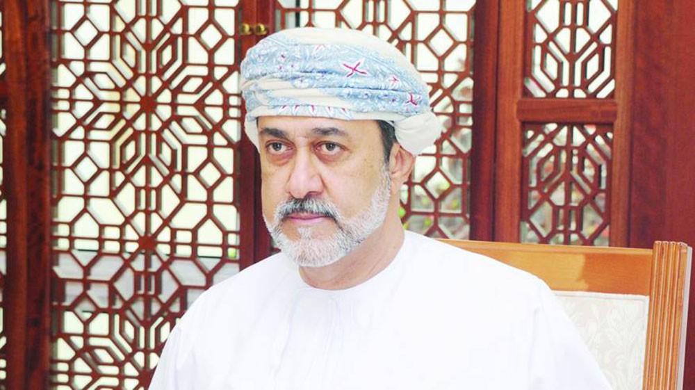 التلفزيون العماني: مجلس العائلة يقرر فتح الوصية وهيثم بن طارق سلطانا لعمان