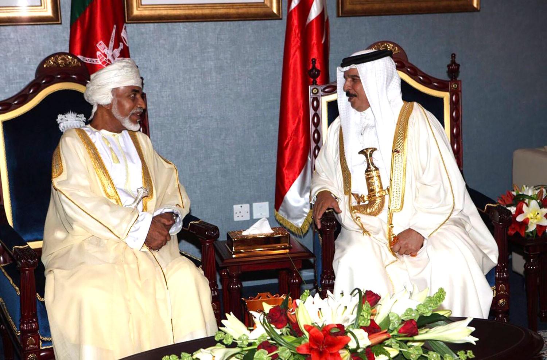 جلالة الملك المفدى ينعى السلطان قابوس بن سعيد