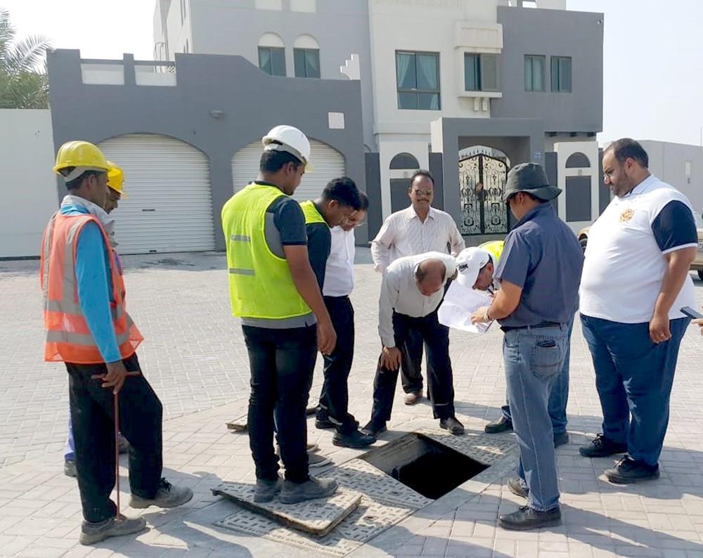 (الأشغال) تنتهي من تنفيذ مشروع إنشاء تصريف مياه الأمطار بمجمع 924 في وادي السيل