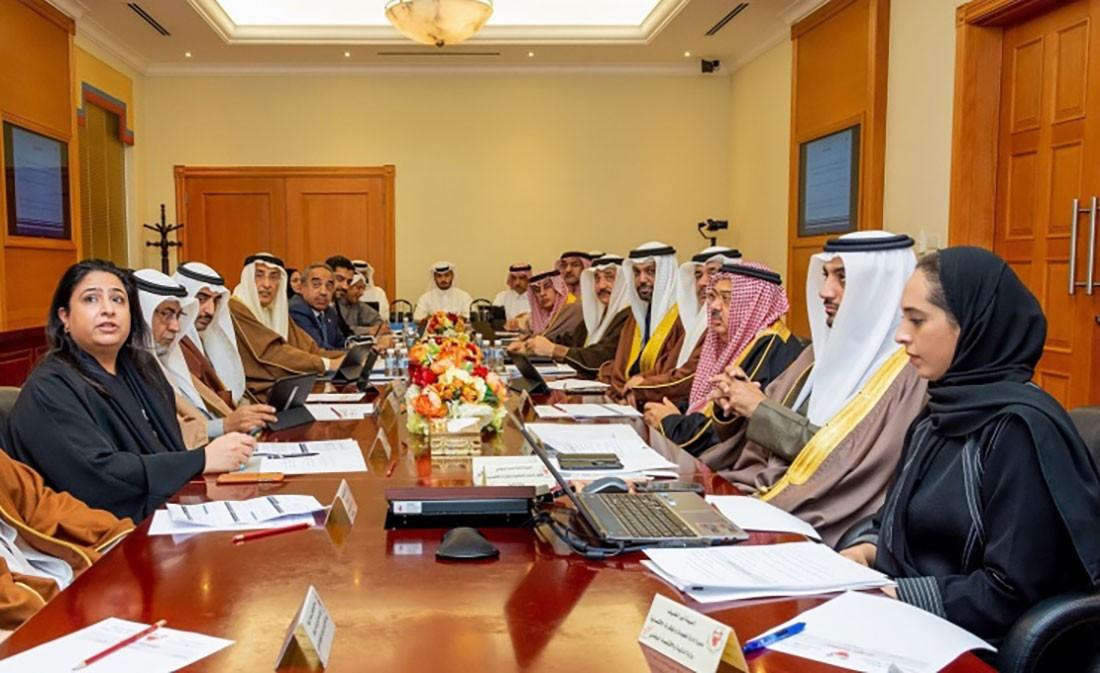 """""""وزارية الشؤون المالية"""" تواصل جهودها لتحقيق توازن المصروفات والإيرادات بحلول 2022"""