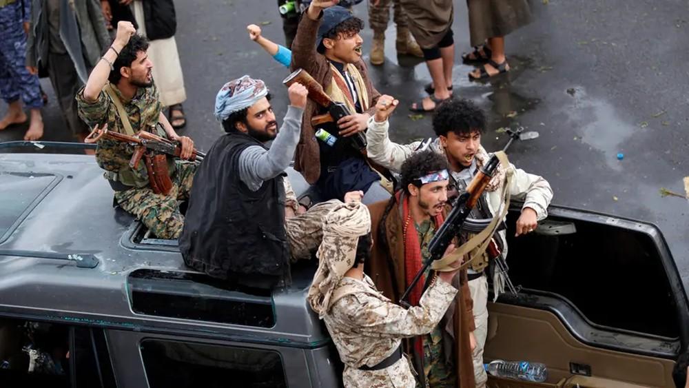 ضربة قاسمة.. مقتل قائد كتيبة الموت في نهم وأسر عناصرها