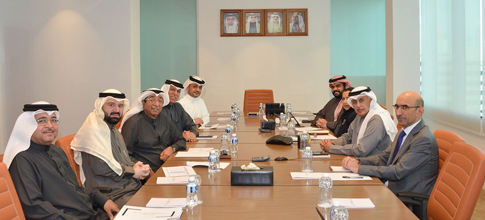 وزير الصناعة يجتمع برئيس مجلس إدارة الغرفة