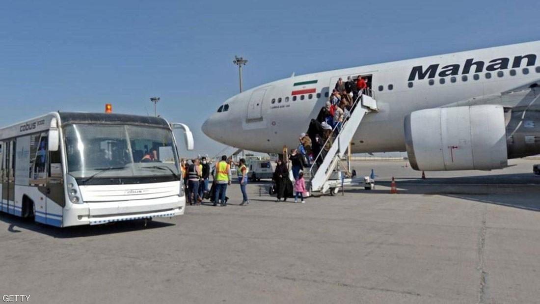 """دول جوار إيران تغلق حدودها لمواجهة """"كورونا"""""""