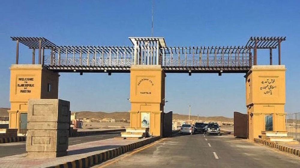 كورونا.. باكستان تحجر على نحو 200 شخص قرب حدود إيران
