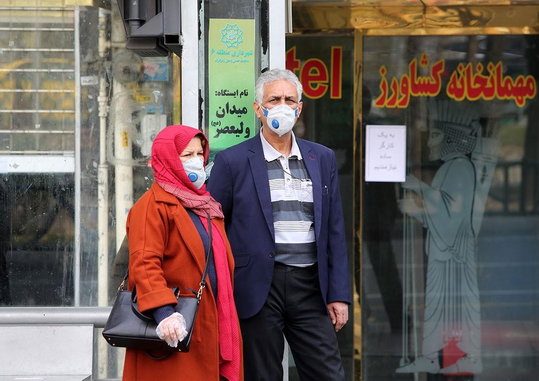 """كيف أصبحت إيران """"بؤرة كورونا"""" مخيفة في الشرق الأوسط؟"""