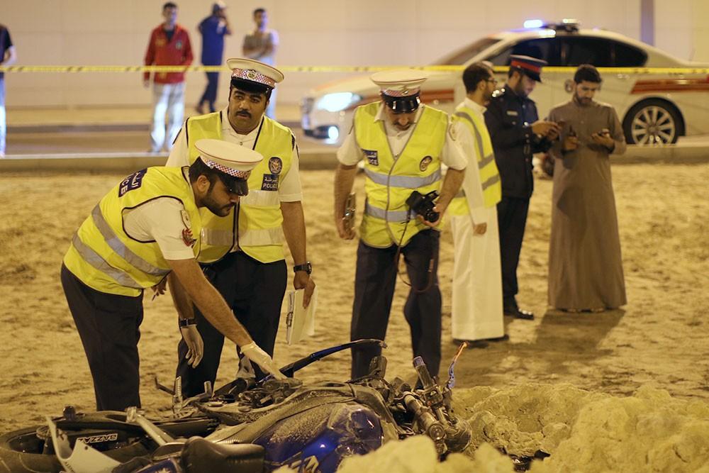 بالصور: وفاة شاب بحريني بحادث دراجة نارية في سترة