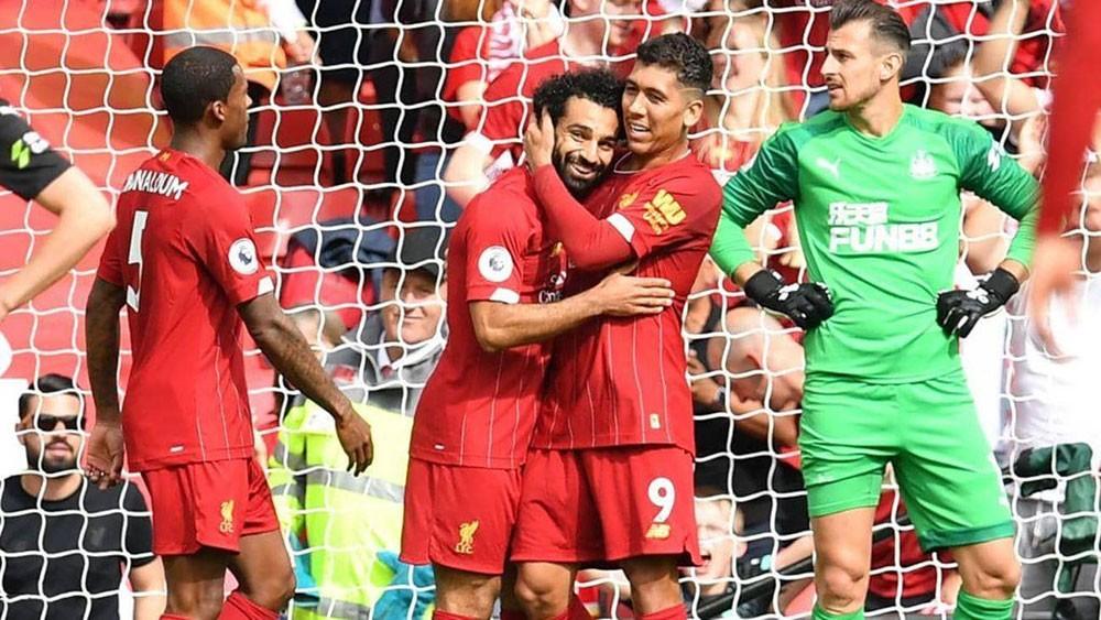 """""""فوضى كورونا"""".. اقتراح بتتويج ليفربول بطلا للدوري الإنجليزي"""