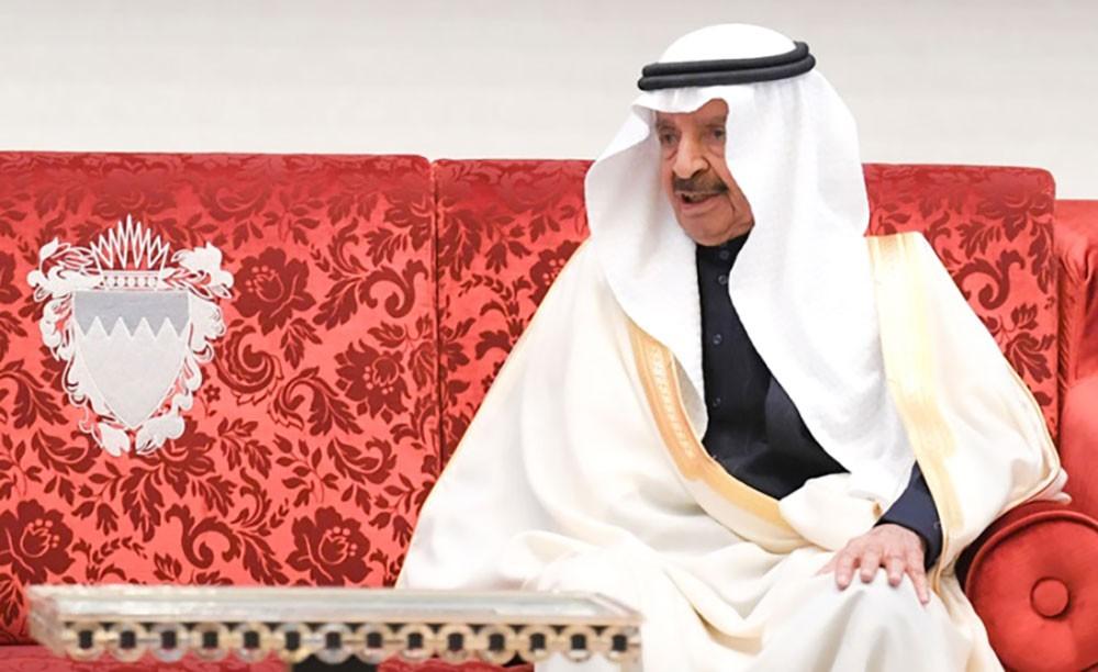 في العودة الميمونة .. خليفة بن سلمان وإنجازات وطن