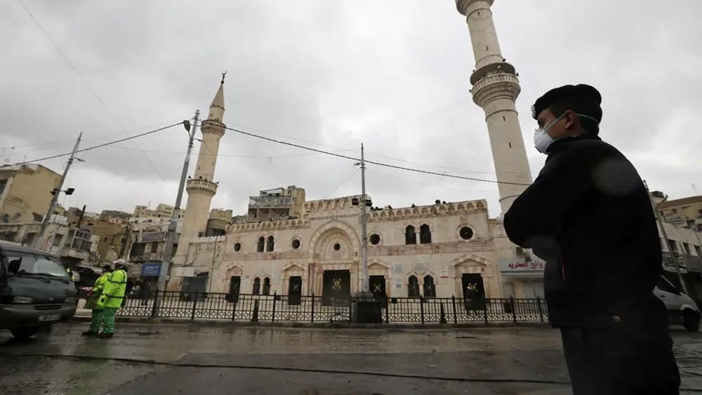 صافرات إنذار في الأردن.. بدأ الحظر والشوارع فارغة