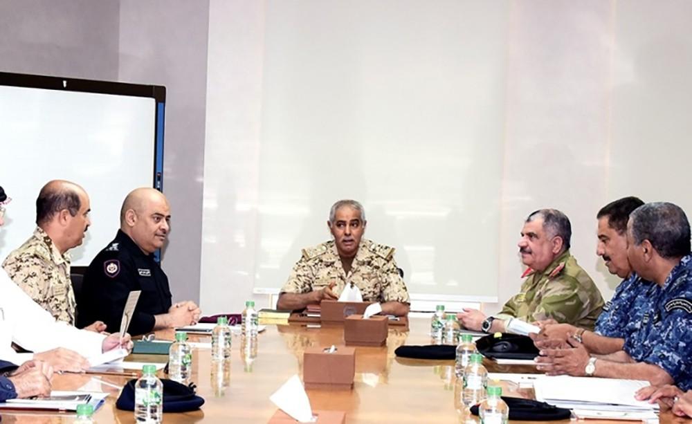 رئيس هيئة الأركان يترأس اجتماع لجنة الدفاع والأمن الوطني